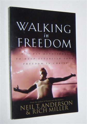 Image for WALKING IN FREEDOM : A 21-Day Devotional to Help Establish Your Freedom in Christ