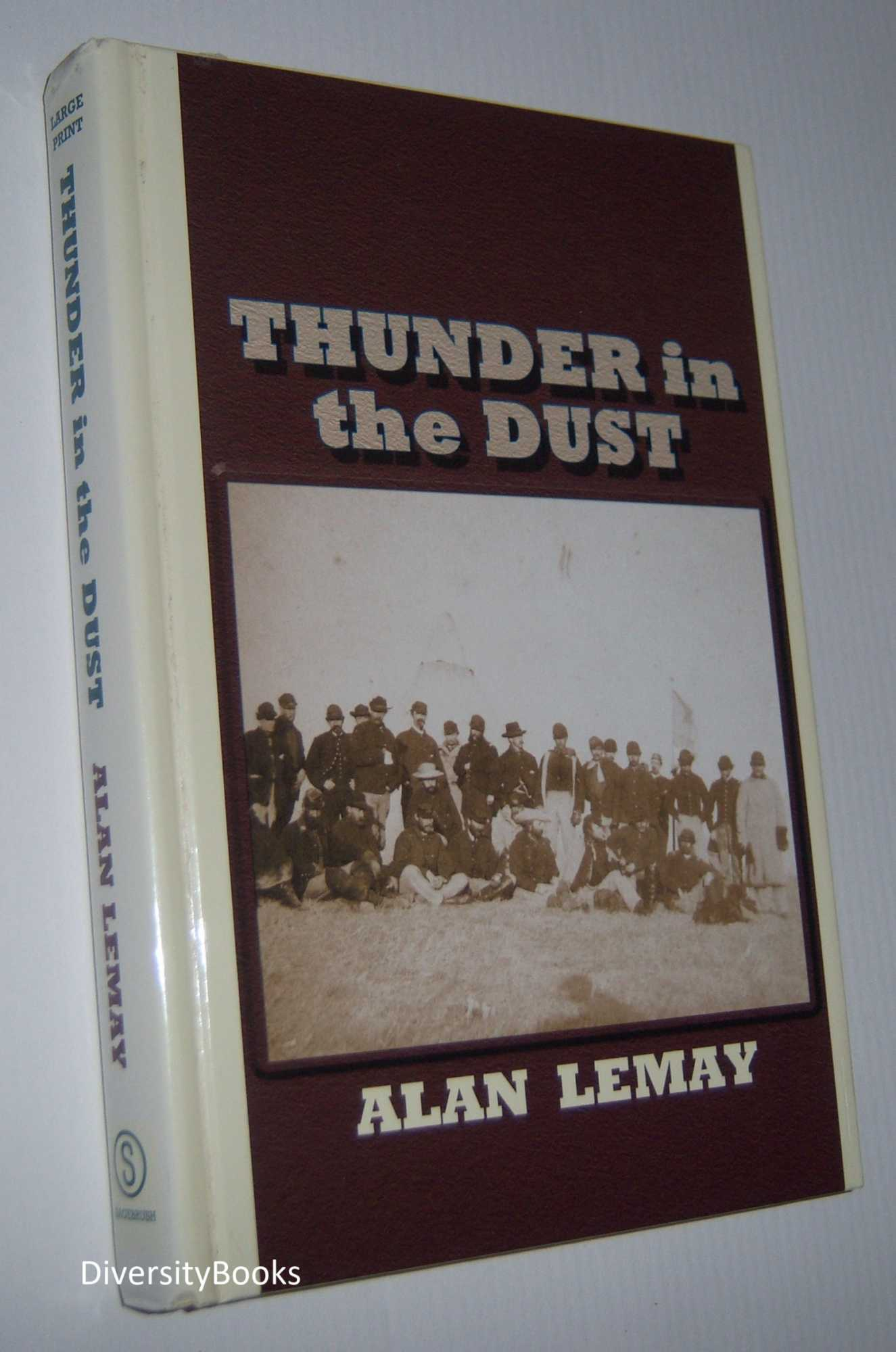 Image for THUNDER IN THE DUST (Large Print Edition)